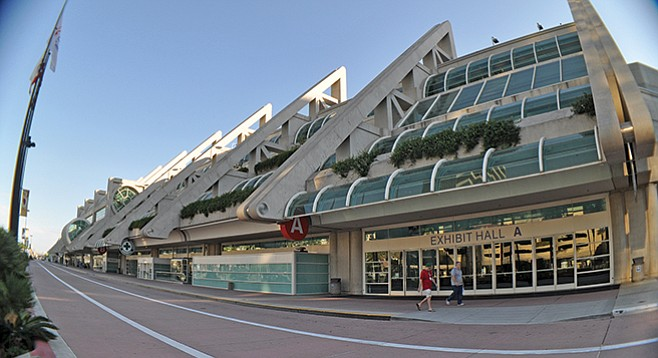 San-Diego-Convention-Center-by-chris-woo_t658
