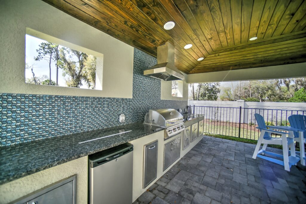 Hardscaping & Outdoor Living Areas