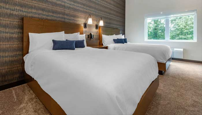 1-bed-king-suite