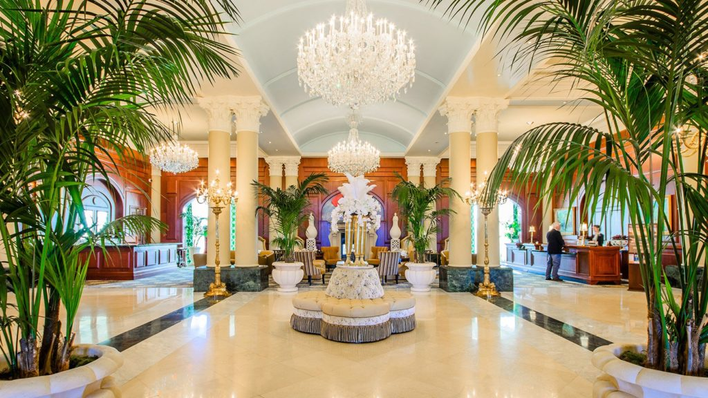 photos-nemacolin-lobby_