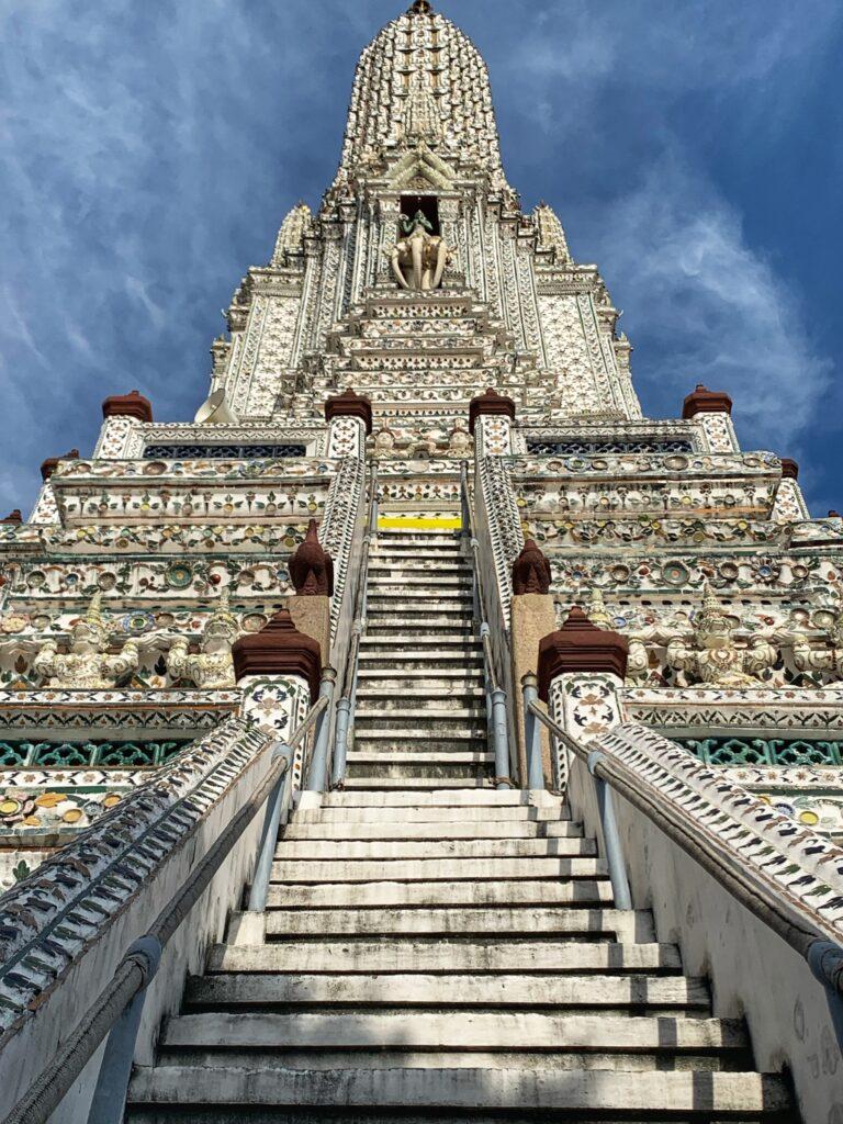 Escalinata en el Templo del Atardecer