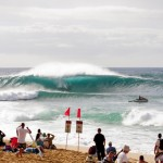 Pipe Masters 2014: Triple Crown Wilson and World Champ Medina