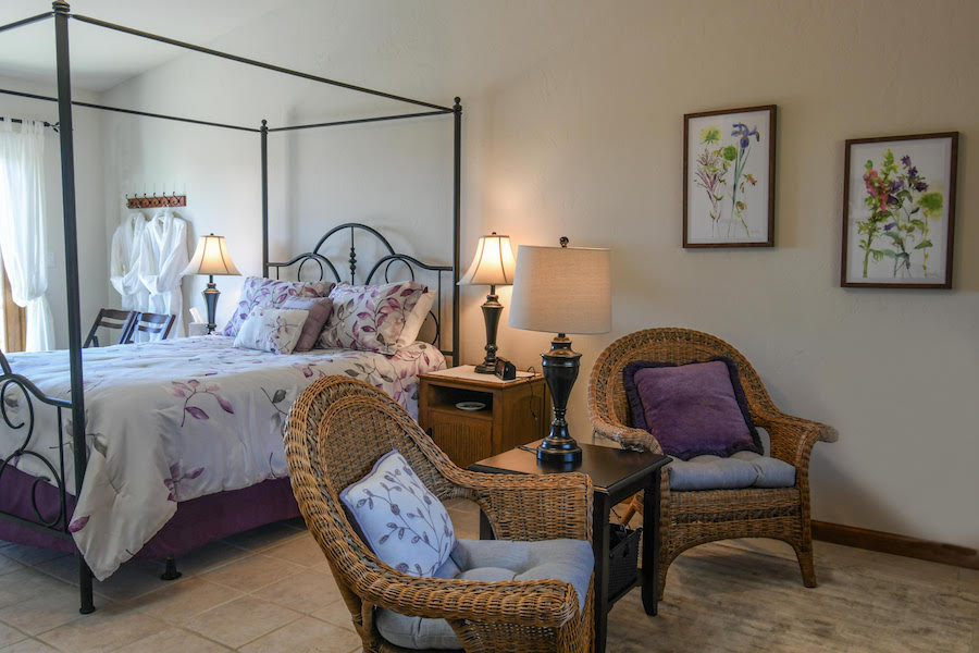 Manzanita Room A | Luxury Bed and Breakfast Inn