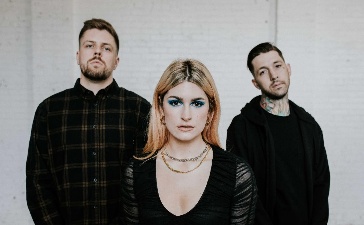 SPIRITBOX PARTNER WITH RISE RECORDS + ANNOUNCE 'HOLY ROLLER 7″'