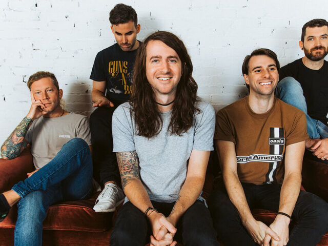 "MAYDAY PARADE ANNOUNCE 'OUT OF HERE' EP + RELEASE NEW SINGLE ""LIGHTEN UP KID"""