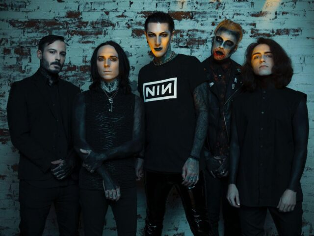 "MOTIONLESS IN WHITE COVER THE KILLERS' ""SOMEBODY TOLD ME"""