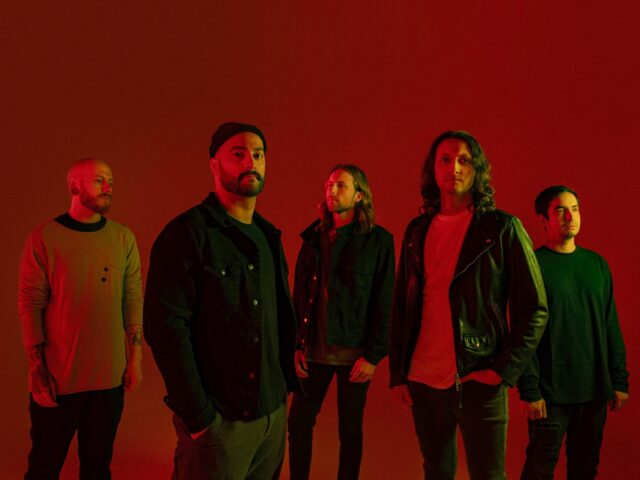 "ERRA RELEASE VISUALIZER FOR NEW SINGLE ""HOUSE OF GLASS"""