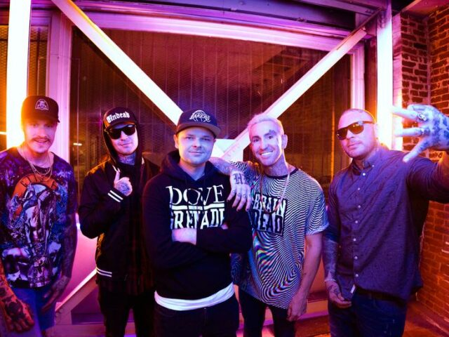 """HOLLYWOOD UNDEAD PREMIERE NEW SINGLE """"GONNA BE OK"""""""