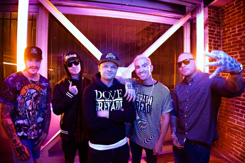 "HOLLYWOOD UNDEAD PREMIERE NEW SINGLE ""GONNA BE OK"""