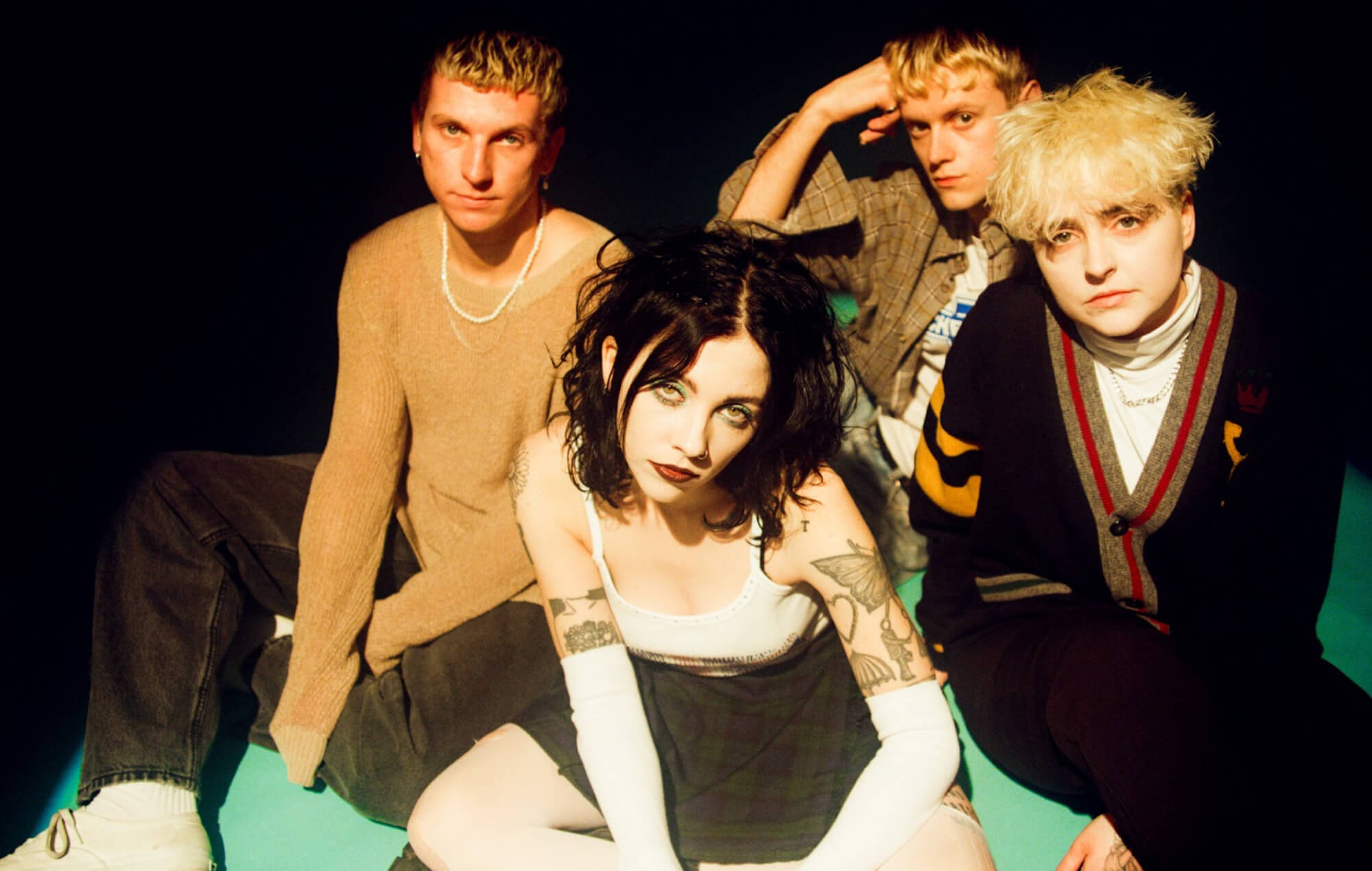 """PALE WAVES RELEASE MUSIC VIDEO FOR NEW SINGLE """"EASY"""""""