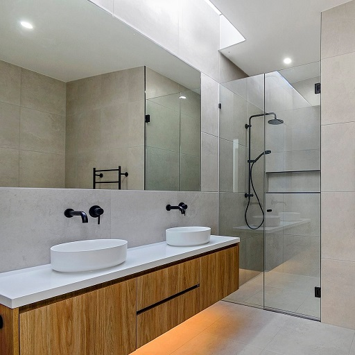 Buena Vista 10mm bathroom 2 512x512