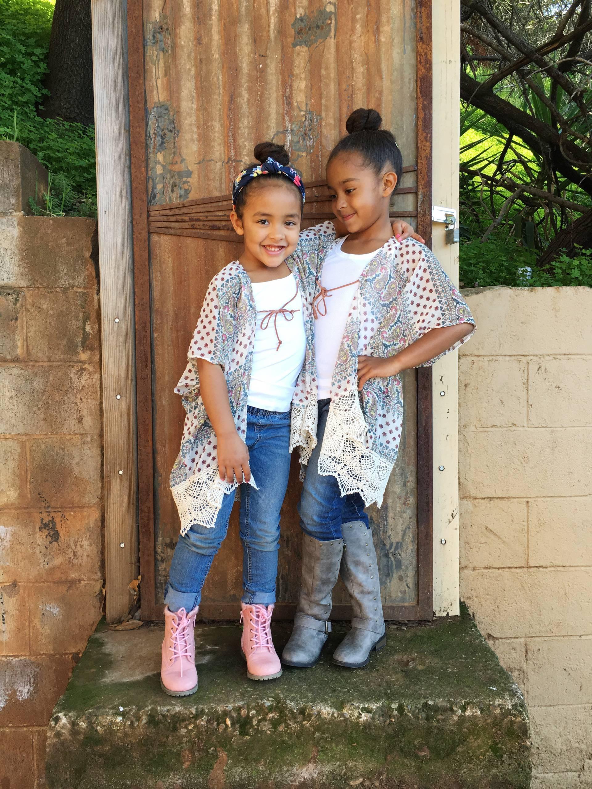 kimono- sisters