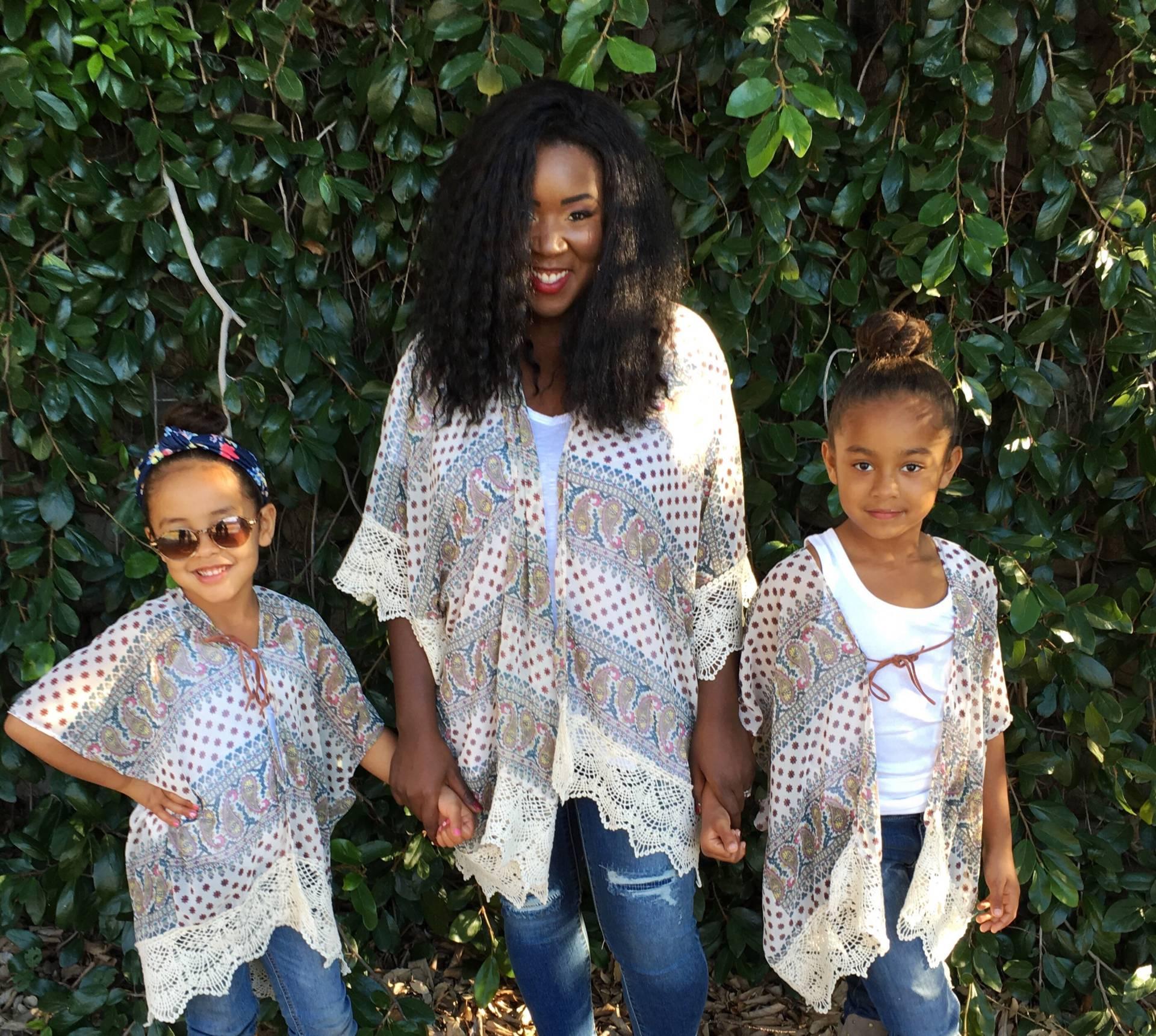 kimono- mom and girls