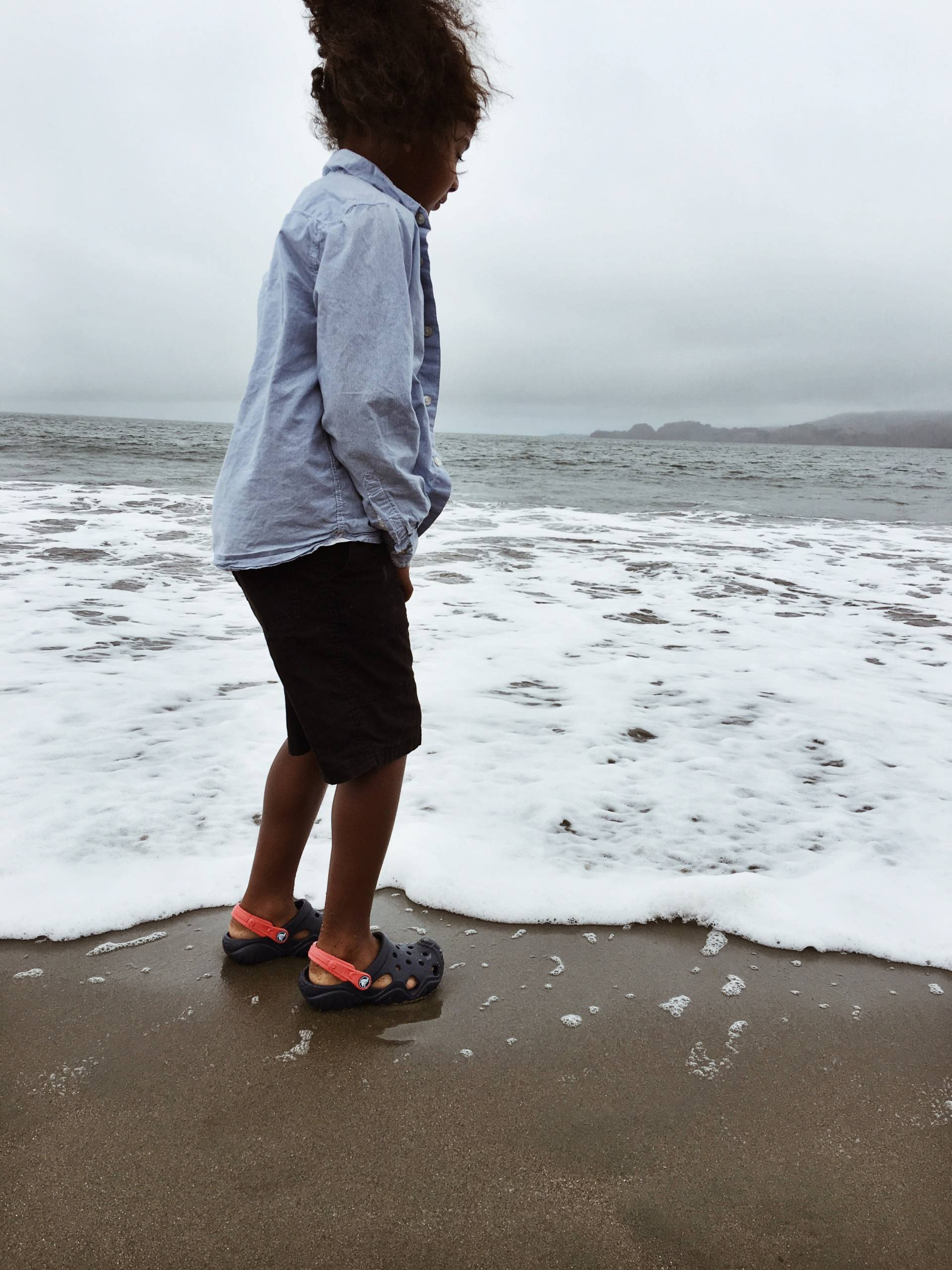 fathers-day-crocs- san fran beach