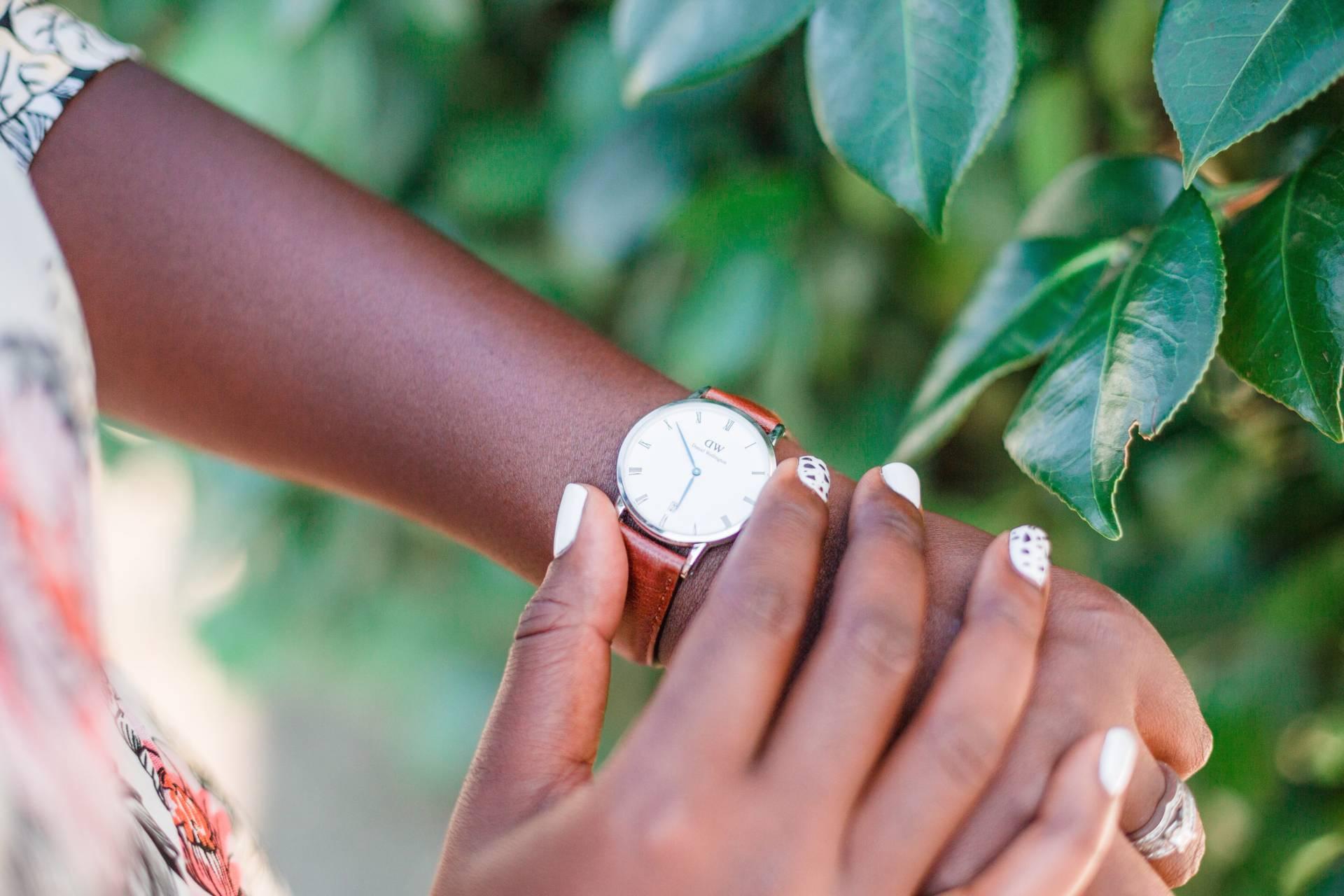 vintage-floral- daniel wellington watch