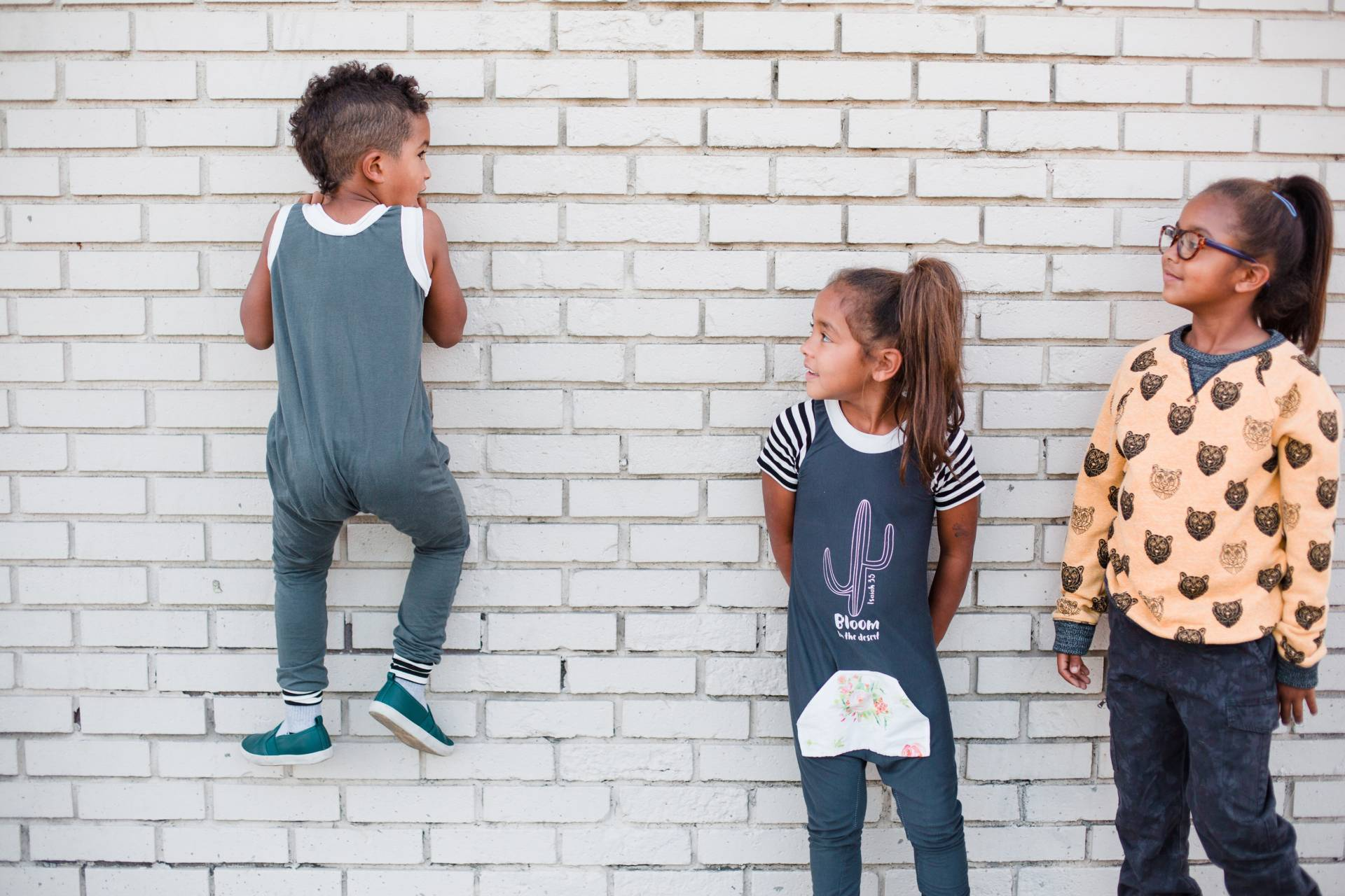 hi-kids-co- kids