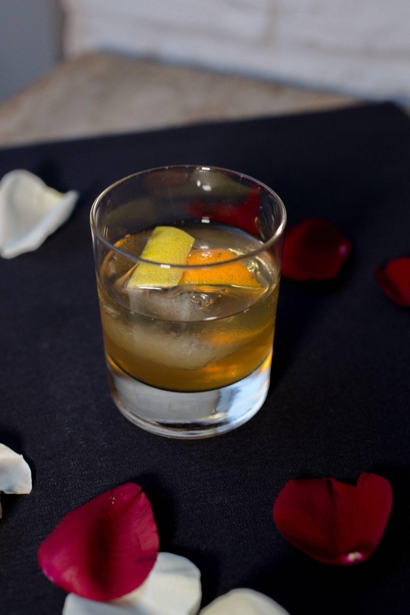 galentines-day-hock-farm-bourbon