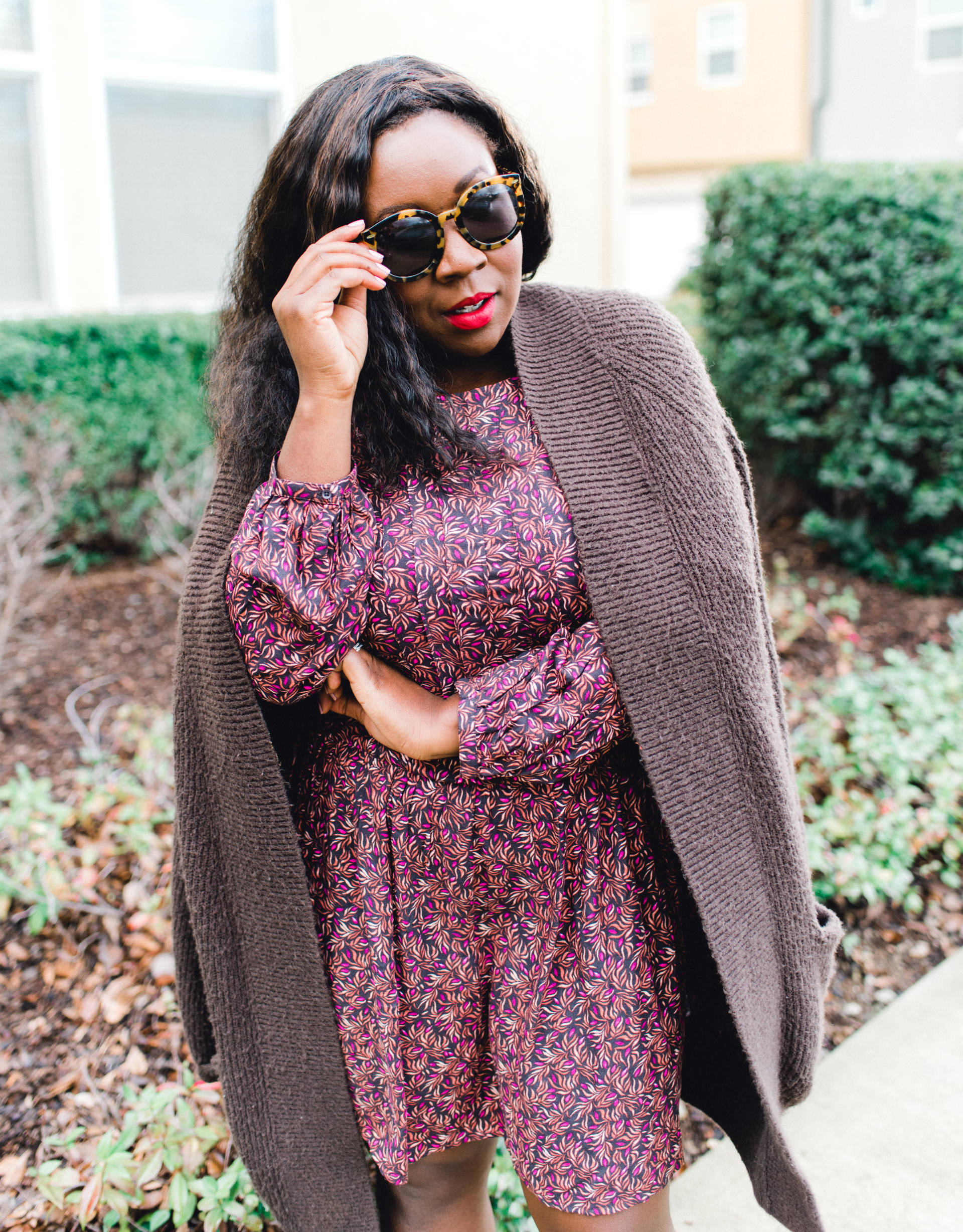 Ruthie Ridley Blog Spring is just around the corner and I cannot wait to bust out all the pretty bright colors and prints! Today I am showcasing my favorite mini dresses for Spring!