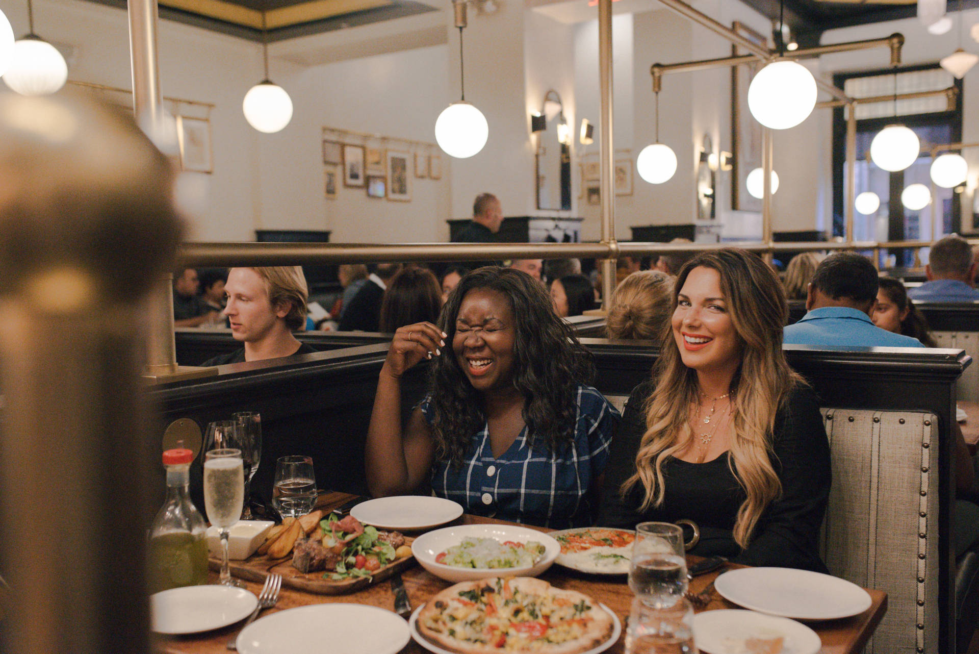 Girls Weekend In San Francisco: We stayed at the most beautiful Kimpton Buchanan, ate at the most yummy food spots and explored some of the most amazing locations!