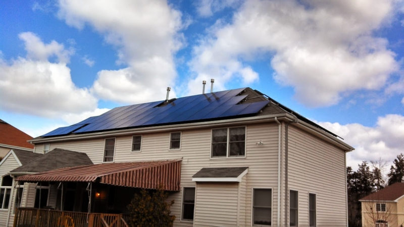 Nice Back Solar Roof With BlueSky