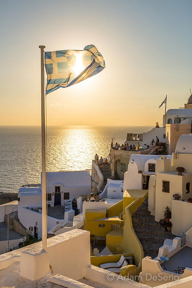 Sun In The Flag, Santorini