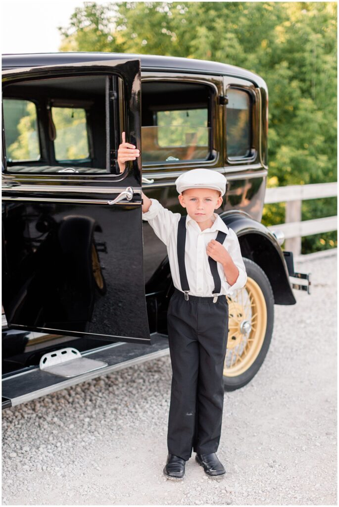 Bonnie & Clyde inspired children photo shoot with a classic car | Iowa Children Photographer | CB Studio