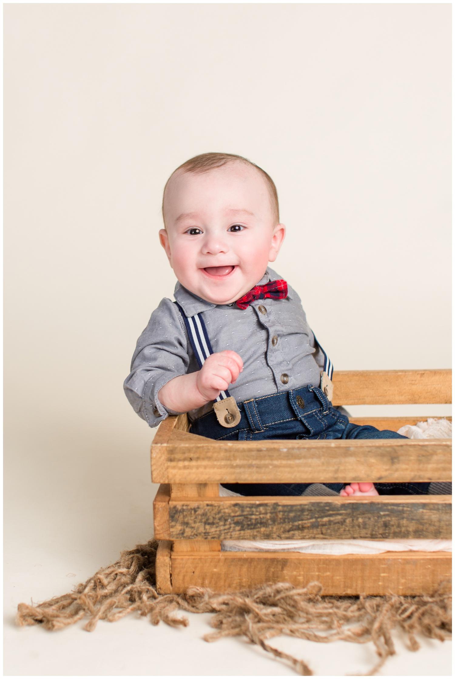 Baby boy sitter session 6 month old photos | Algona Iowa Photographer | CB Studio