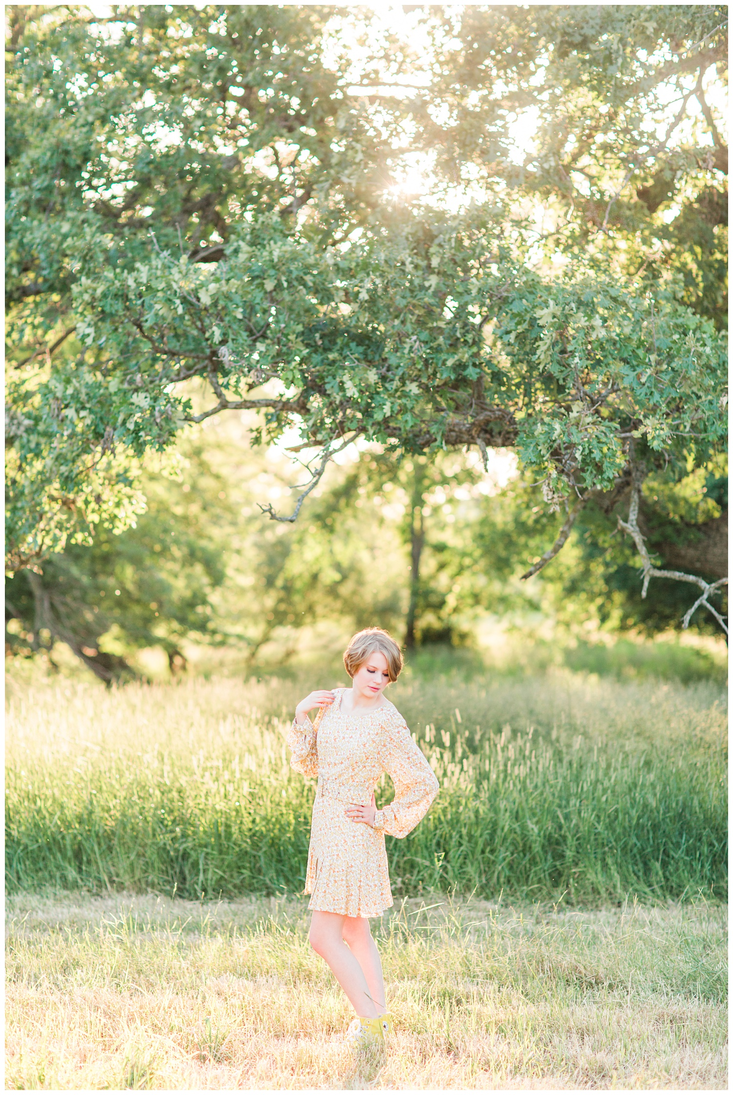 Vintage, film inspired, 70s retro styled senior photoshoot at golden hour in a grassy field. | CB Studio