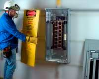 Qualified_Electrical_Worker