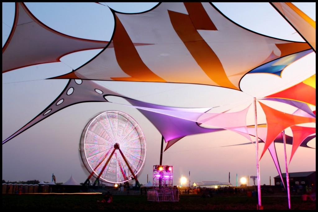 EF Ferris Wheel by Adam Zareczny
