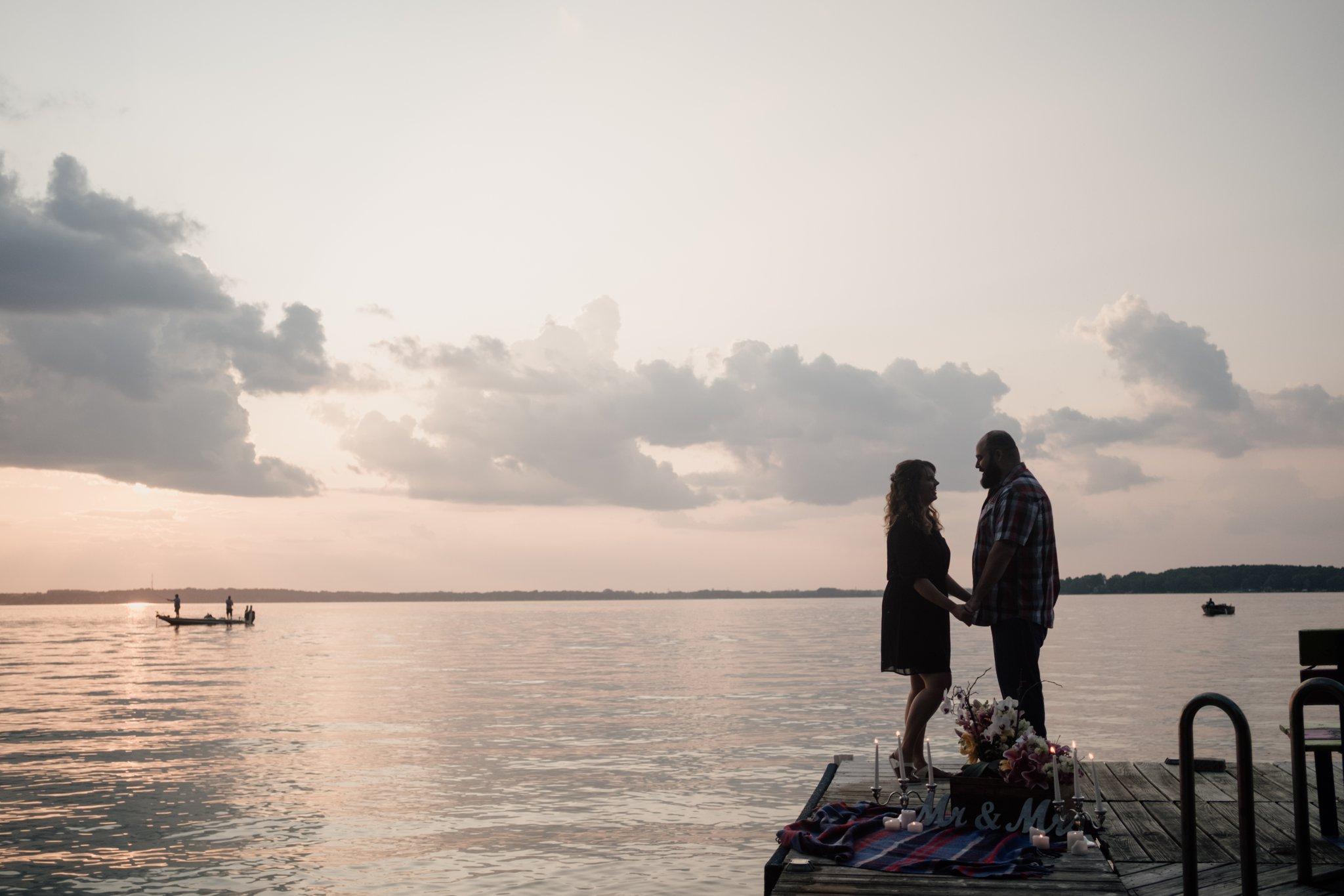 Lake Kegonsa Engagement Session