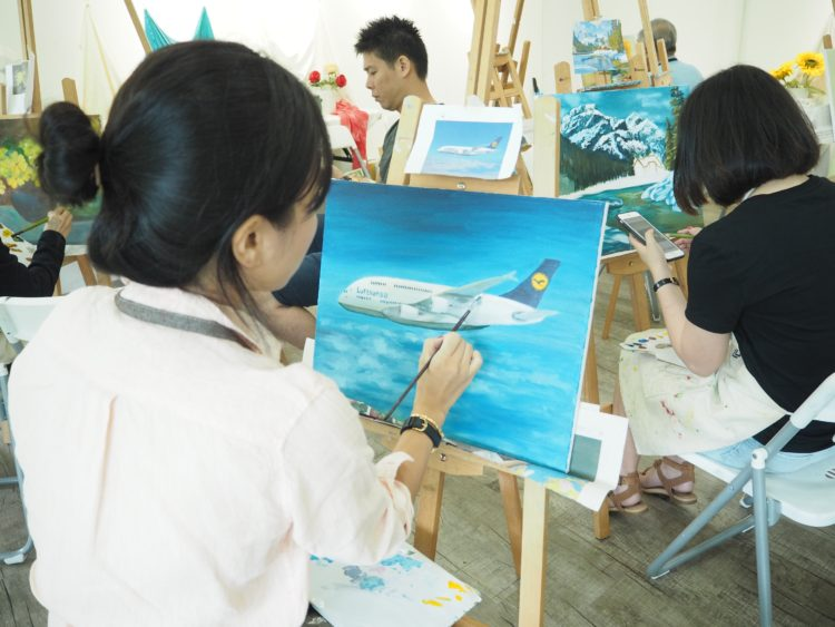professional acrylic painting course, kids and adult, colours painting on canvas, techniques such as wet brush wash, dry brush wash, palette knife techniques