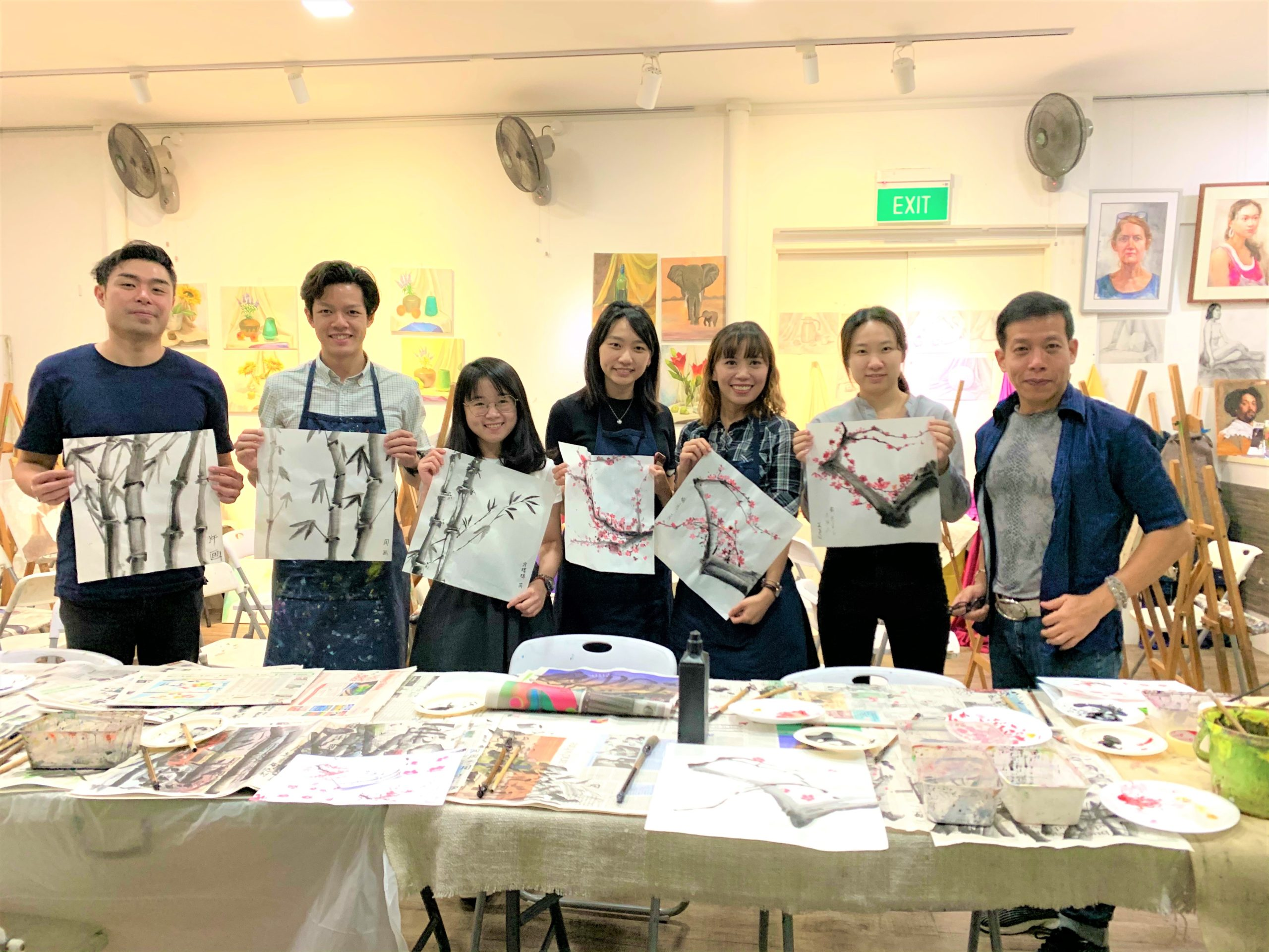 Attending first Chinese ink painting class and it's awesome at Visual Arts Centre