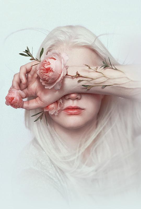 Sasha Vinogradova_Beautiful Bizarre 2019 Art Prize Finalist