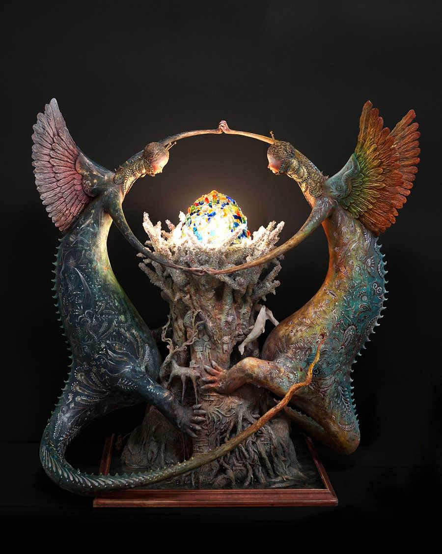 Akishi-ueda-two creatures surrouding an orb