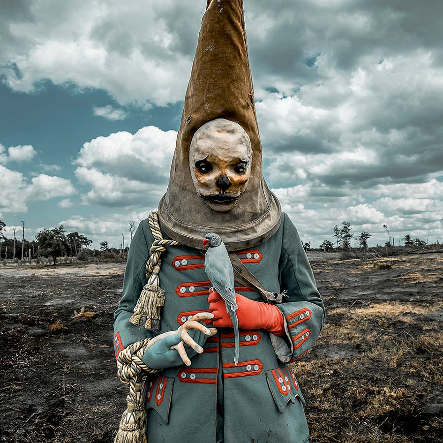 3231-Mothmeister-photography-scarecrow