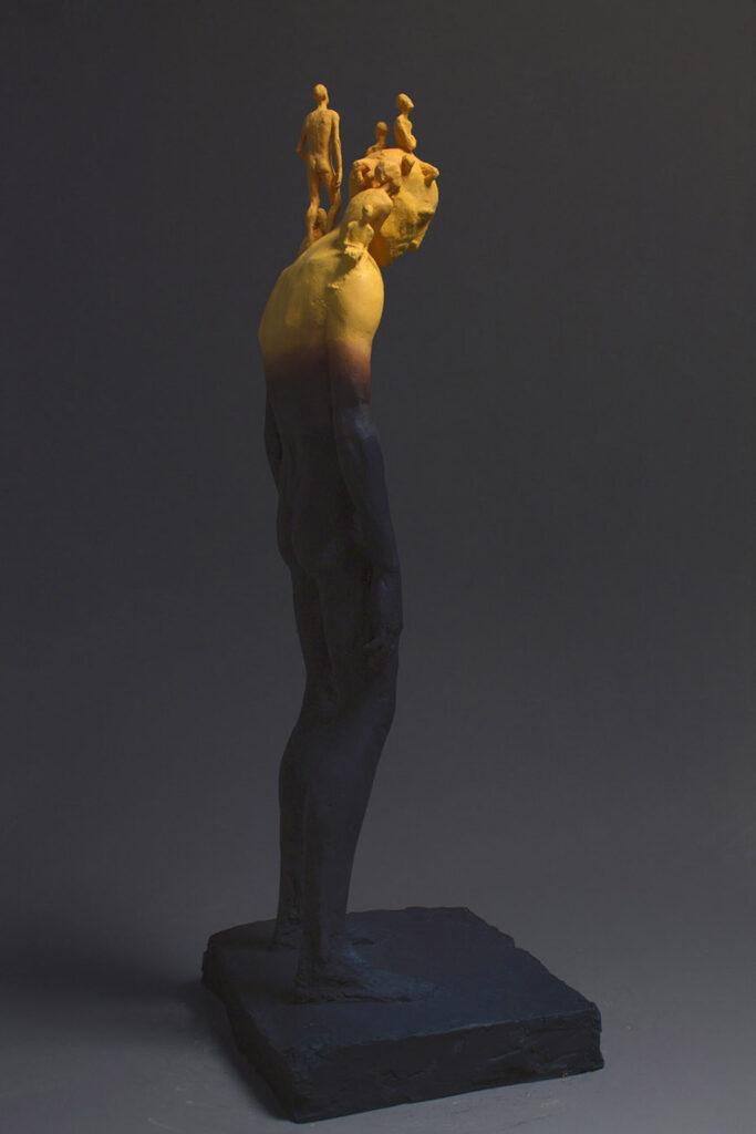 5162-Pol-Ballonga-sculpture-acrylic-resin-figure-900