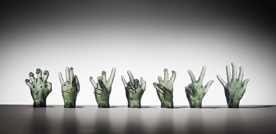 6276-Susie-Lewis-sculpture-glass-nails-hands-900