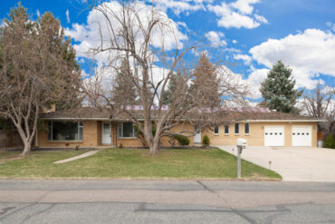 8755 W 73rd Pl Arvada CO 80005-large-001-003-Front Exterior-1500x1000-72dpi