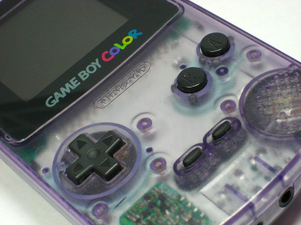Game Boy Color, atomic purple