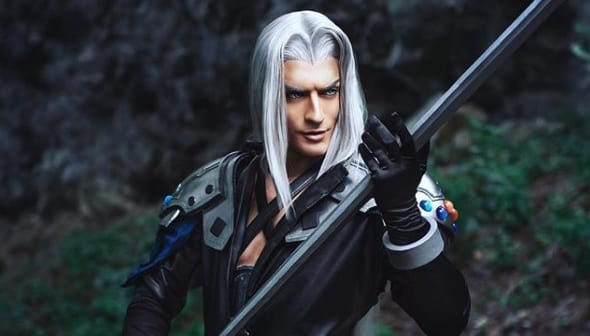 This Final Fantasy VII Sephiroth Cosplay Will Have You Lining Up To Be Stabbed (VIDEO)