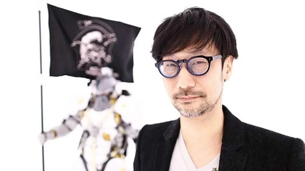 Hideo Kojima Shares Another Peek At His Desk For His New Game