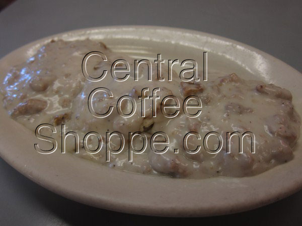central-coffee-shoppe-st-petersburg-fl-breakfast-biscuits-and-gravy-01