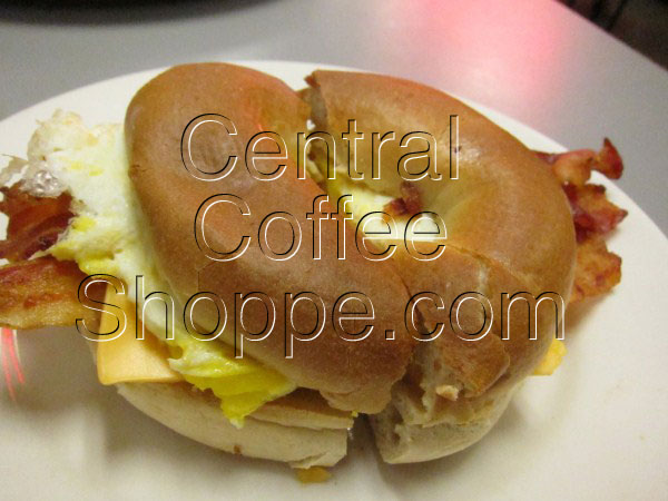 central-coffee-shoppe-st-petersburg-fl-breakfast-central-bagel-05