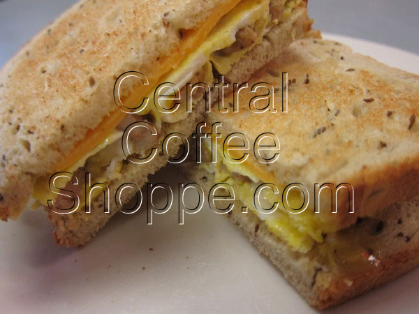 central-coffee-shoppe-st-petersburg-fl-breakfast-egg-sandwich-with-sausage-01