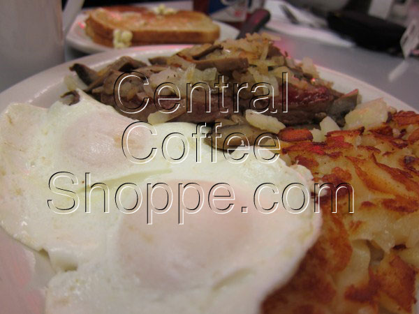central-coffee-shoppe-st-petersburg-fl-breakfast-specials-steak-of-the-art-05