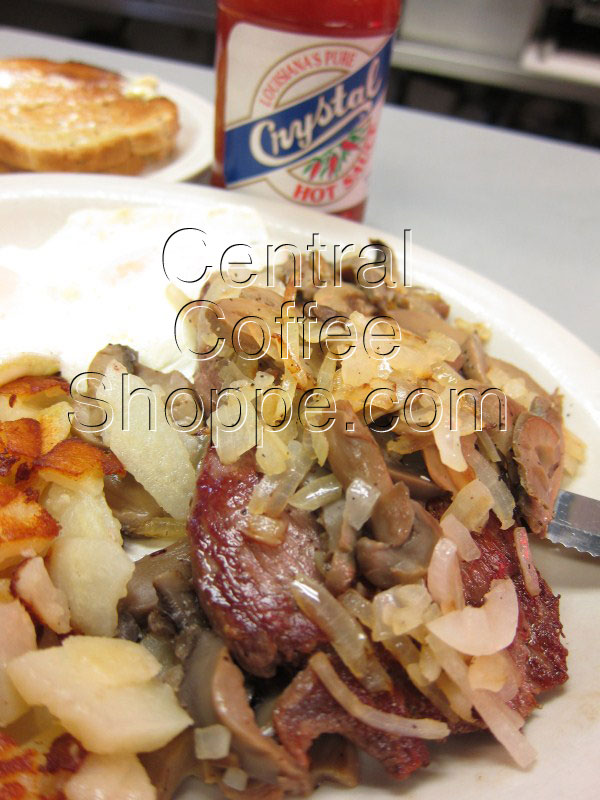 central-coffee-shoppe-st-petersburg-fl-breakfast-specials-steak-of-the-art-07
