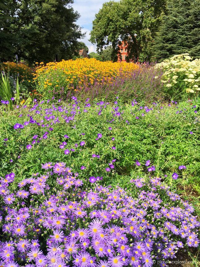 Kew Gardens Broad Walk