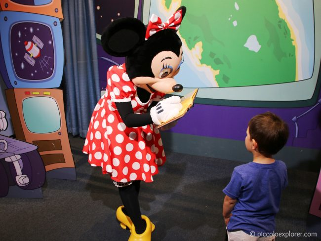 Minnie Mouse at Character Spot, Epcot, Walt Disney World