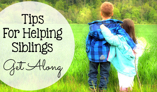 Tips for Helping Siblings Get Along - After having six kids pretty close in age, and dealing with constant fighting, arguing and name calling I had to come up with ways to make them all get along... Here's how! - sixtimemommy.com